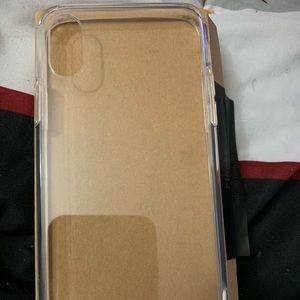 Accessories - iPhone XS screen protector and case